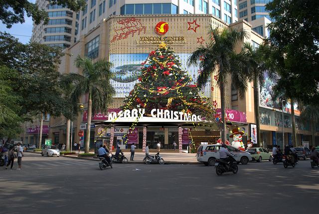 Bán nhà mặt phố Triệu Việt Vương - LUXHOMES