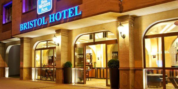 bristol_hotel_welcome_03